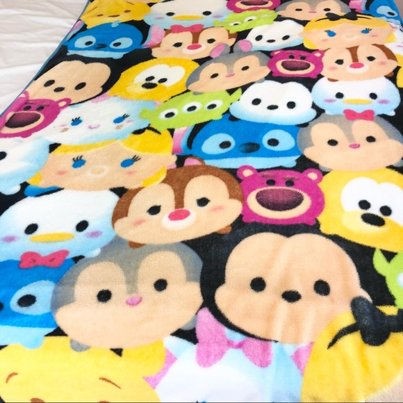 Disney Tsum Tsum Twin Size Soft Blanket